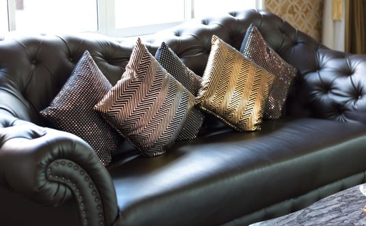 leather upholstery cleaning in london